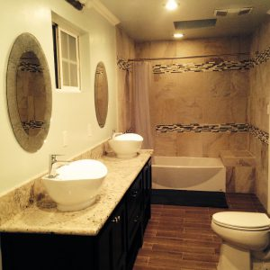 bathroom-335748_640